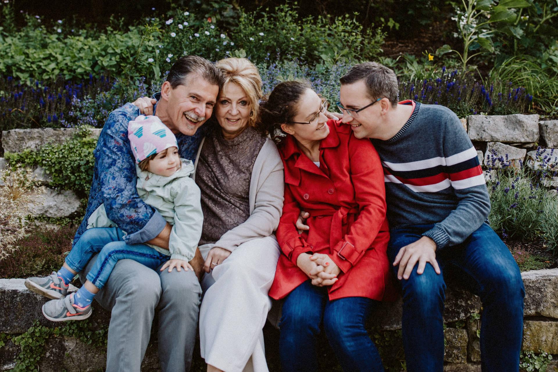 Großeltern Familienfotos im Park